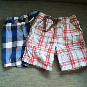 Two pair plaid shorts size 3T
